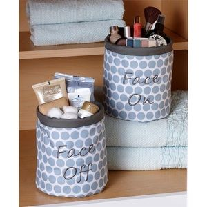 Other - NWT! Polka Dot Two Piece Make Up Organizers Set